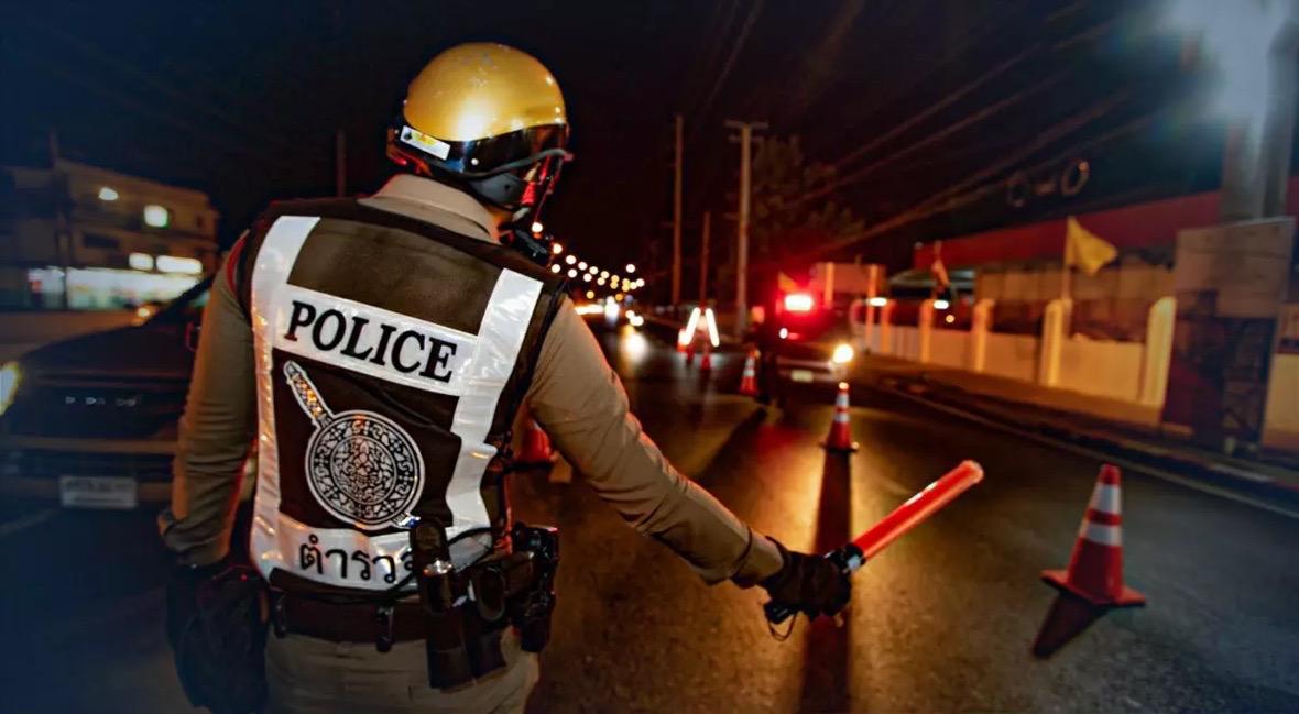 Thailand heeft de eerste nacht van de nieuwe Covid19 maatregelen, inclusief de avondklok in Bangkok achter de rug