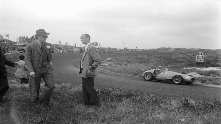 Bernhard sr. voorkwam in 1948 een bouwverbod op Circuit Zandvoort in ruil voor 20.000 gulden, Thaise prins Bira won dat jaar de eerste Grand Prix